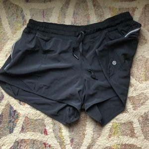 Black lulu lemon speed short size 12